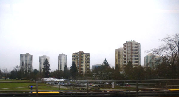 Vancouver_Collingwood_towers2